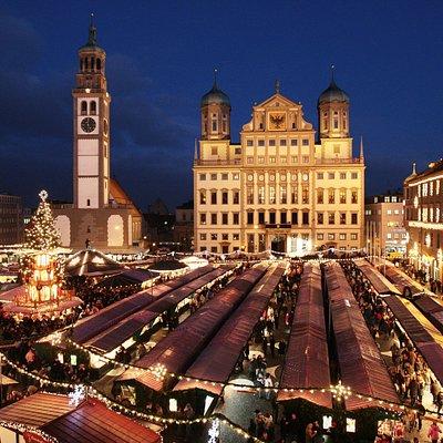 Rathausplatz Christkindlesmarkt