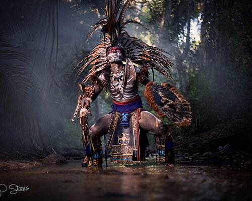Aztec with Smoke Bombs