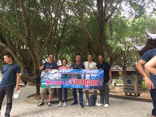Mr. Ho visits Ninh Binh with private tour