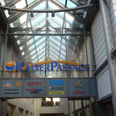 Eingang zur KaiserPassage in Goslar.