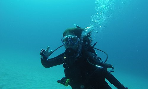 Diving with Philip Carporusso, East Hawaiian Divers