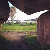 Сад камней с камнем желаний.