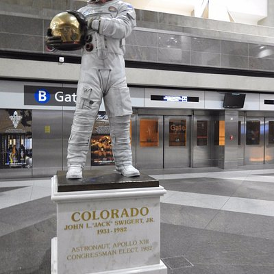Statue to a brave astronaut