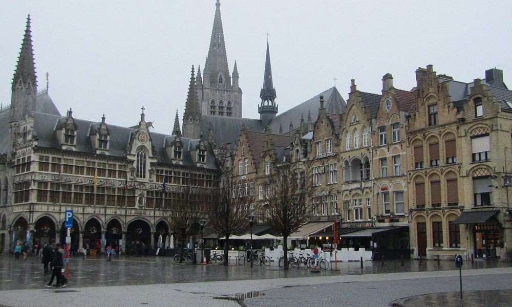 Ypres town square