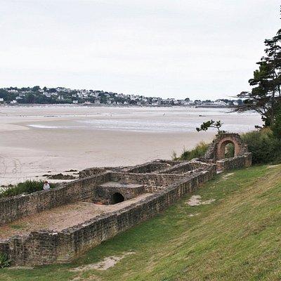 Thermes Gallo-Romains de Hogolo | Plestin-les-Grèves, Bretagne, France