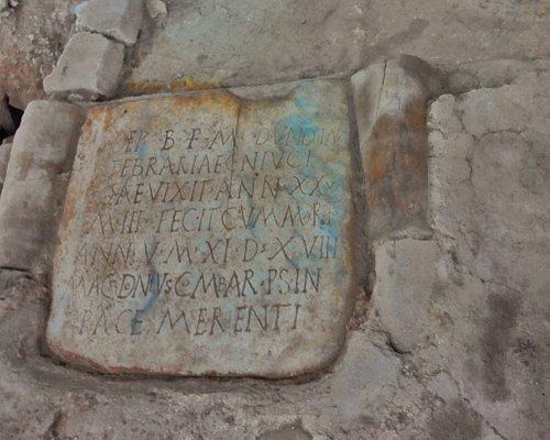 Necropoli Atrio Metropoli Basilica San Gavino (2)