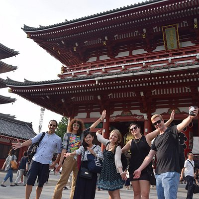 Let's explore Japan one step deeper! Private tours and food tours in Tokyo.