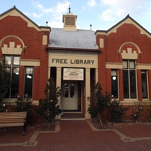 Bright Free Library