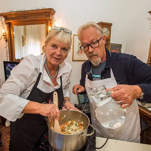 Cooking Croatia by Papica traditional Zagreb Gastro tour