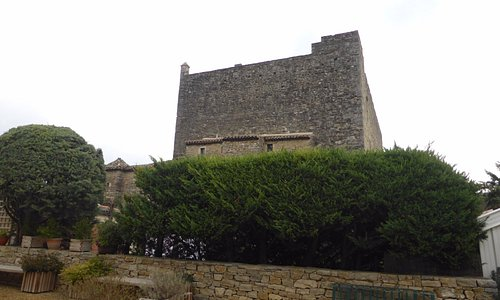 le châteaude Roquetaillade dans l'Aude CP 11300