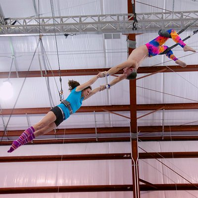 Flying trapeze catch at Trapeze School New York - Washington DC