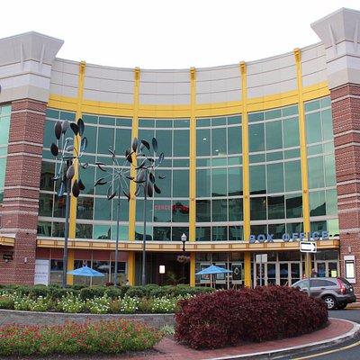 Cobb Theatres exterior