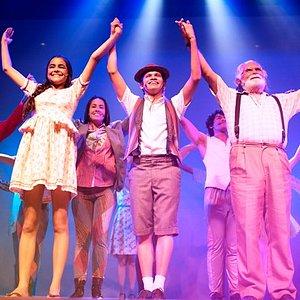 Espetáculo O Ceará Show é a aventura do menino Moa que vive uma aventura para conhecer o Ceará.
