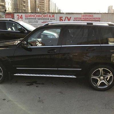 Mercedes Benz GLK up to 3 passengers