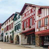 Place des Arceaux