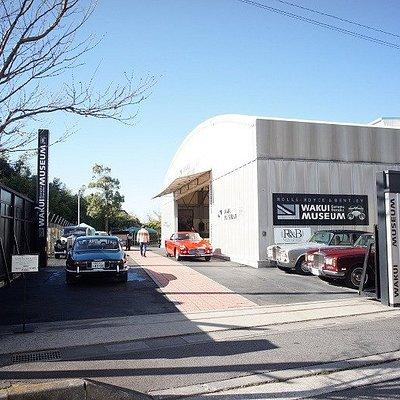 入り口です WAKUI MUSEUM と表示されています