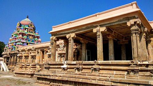 Pazhayarai Temple