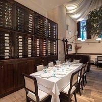 Sommelier's Table