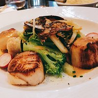 pan-cooked scallop