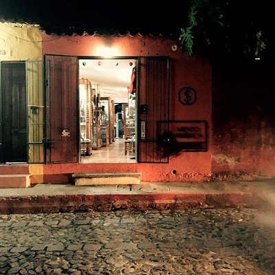 Ileana Sotela Accesorios- 3era Calle Oriente, #22. Antigua, Guatemala