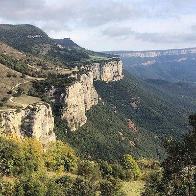Collsacabra cliffs hiking
