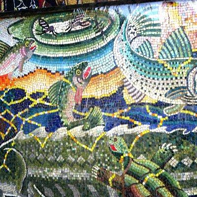 Mural, Riverbend Plaza, Napa, Ca