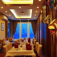 Dalcheeni serves the authentic royal Indian cuisine and has a beautiful ambiance over viewing la