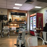 Wonderful little eating spot hidden in the Local news agency. The food here is excellent  and ve