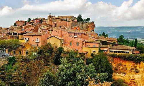 Roussillon e le sue rocce rosse.
