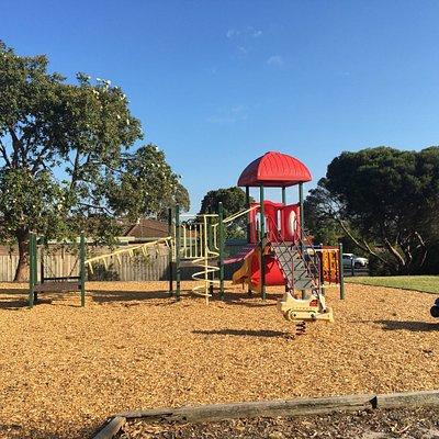 Bradina court Playground