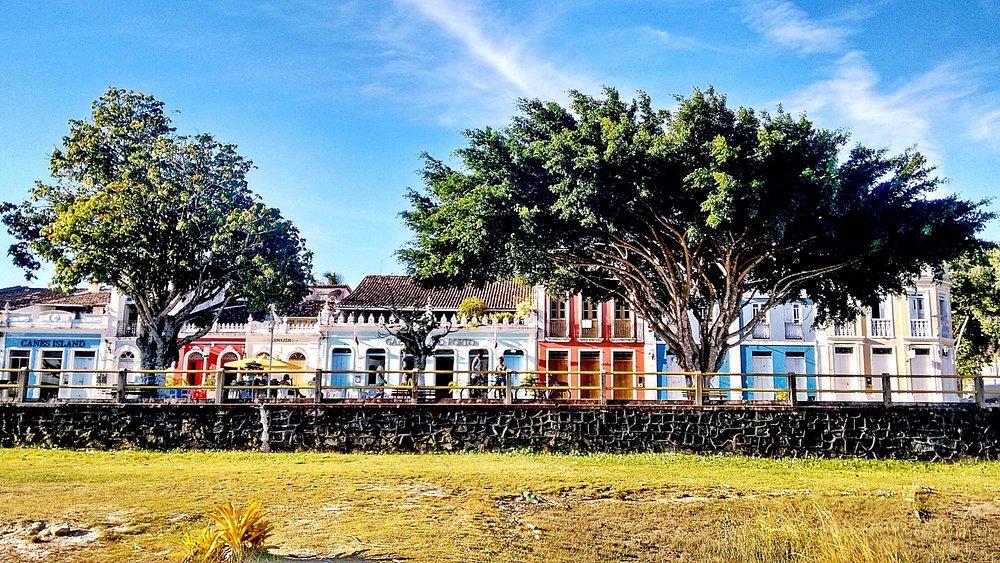 Vista dos Casarões Centenários do Cais do Porto - Sítio Histórico - Canavieiras-BA