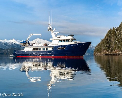 Charter yacht Northern Song - Locally owned and operated. Multi-day Alaska family adventures.