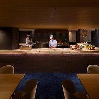 2017年春リニューアルオープン!新しい「もんど岬」のお料理は、素材にこだわります。伊勢志摩は、かつて「御食国(みけつくに)」と呼ばれ、豊富な山海の幸を皇室や朝廷に献上していた食材の宝庫です。