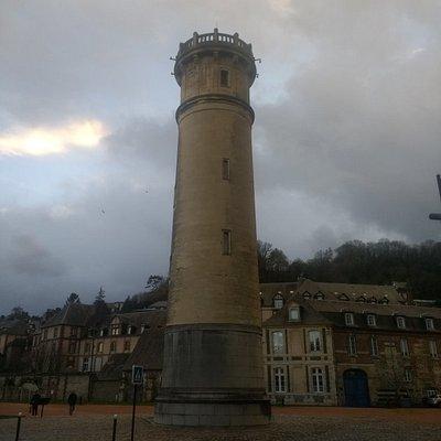 Let phare de Honfleur