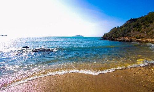 Vista do lado direito da praia
