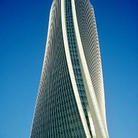 Le linee di Torre Hadid