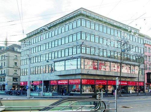 Visite us in our shop - Bahnhofplatz 9
