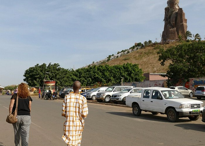 Monumento Renacimiento Africa