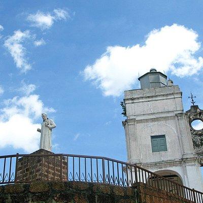 St. Paul's Hill & Church (Bukit St. Paul)