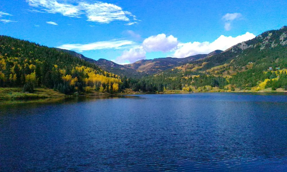Isabel lake in the Fall