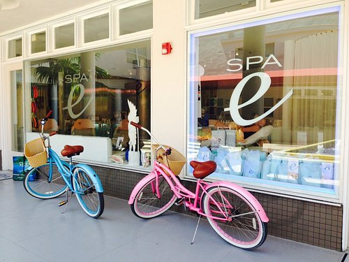 Our bikes on South Beach :)