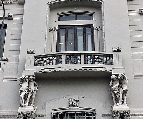 Milano, Residenza Vignale: la facciata