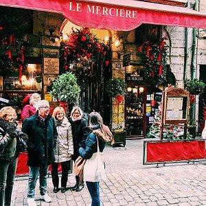 Praline et Rosette en visite rue Mercière, à Lyon
