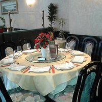 we cater for party large or small, traditional cantonese cusine ,take away food avialible .