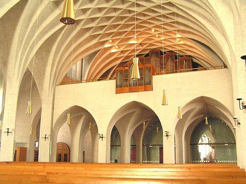 Innenasicht zur Orgel