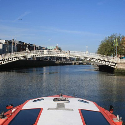 The Ha'Penny Bridge from the river Liffey