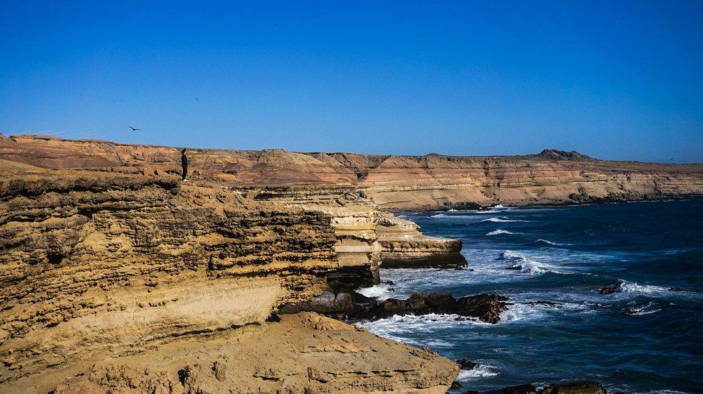 Playa Chorrillos y sus quebradas, un maravilloso lugar que nos transporta a otro planeta.
