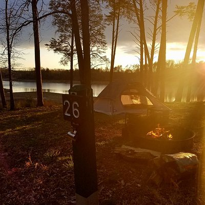 Waterfront camping at primitive site 26