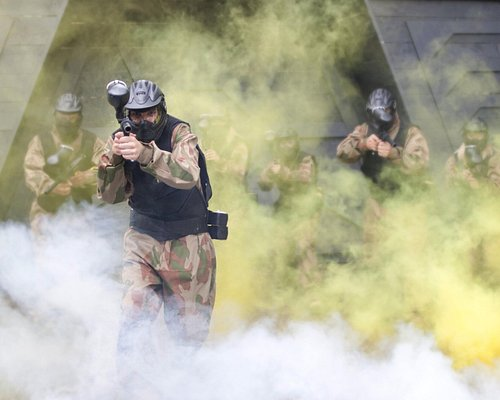 Experience the thrill of paintballing!