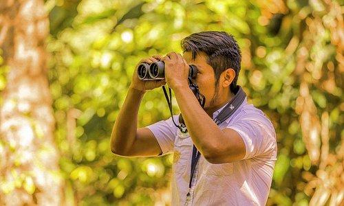 Birdwatching - Salvador Coquix Lacan